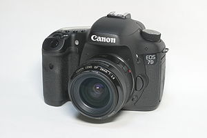 Canon EOS 7D with EF 28mm f/2.