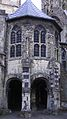 Canterbury Cathedral cloister2.JPG