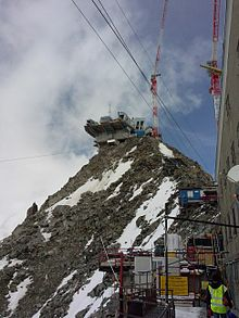 Construction work for a high mountain cable car