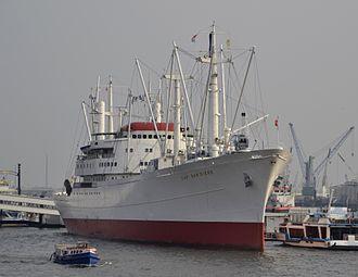 Cap San Diego - Image: Cap San Diego Hamburger Hafen 01