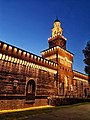Castello Sforzesco tramonto.jpg