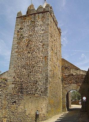 Montemor-o-Novo - Image: Castelo de Montemor o Novo 6