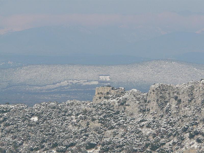 Château de la Roquette vu du château de Montferrand.