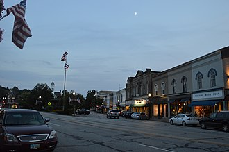 Chagrin Falls, Ohio - Chagrin Falls as seen from the Triangle Park area