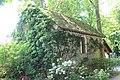Chapelle Parc Roseraie Haÿ Roses 2.jpg