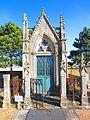 Chapelle sepulcrale Ennery.JPG