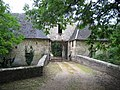 Chateau Wasigny entree 01.jpg