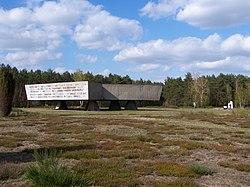 Chełmno - Pomnik 02.JPG