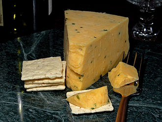 Gloucester cheese - 'Cotswold' with crackers
