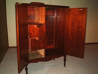 Chifforobe type of furniture