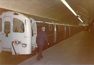 British Rail Class 487 - Class 487 at Bank Station, 1984