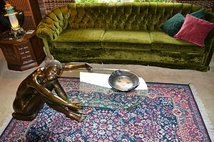 English: Bronze and glass coffee table in the ...