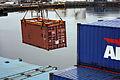 Containeromlasting i Orkanger havn (6947050200).jpg