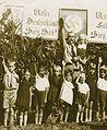Crianças Juventude Hitlerista - Pres. Bernardes, c. 1930.jpg
