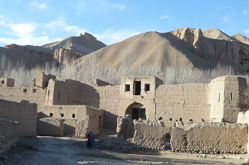 800px-cultural_landscape_and_archaeological_remains_of_the_bamiyan_valley-130354