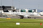 D-AIPD Lufhansa A320 (Star Alliance) (36524188946).jpg