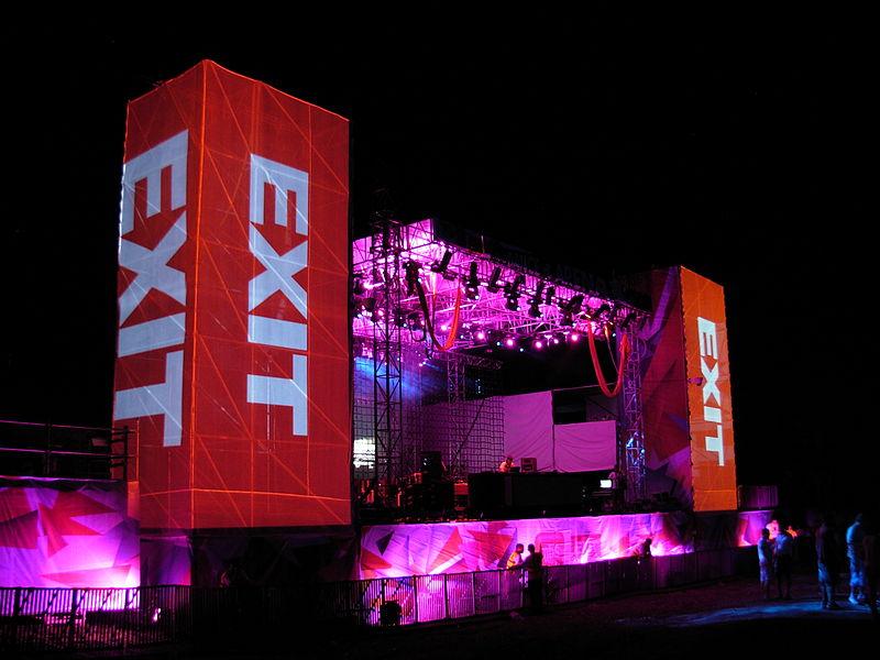 Festival EXIT 800px-Dance_Arena%2C_EXIT_2011