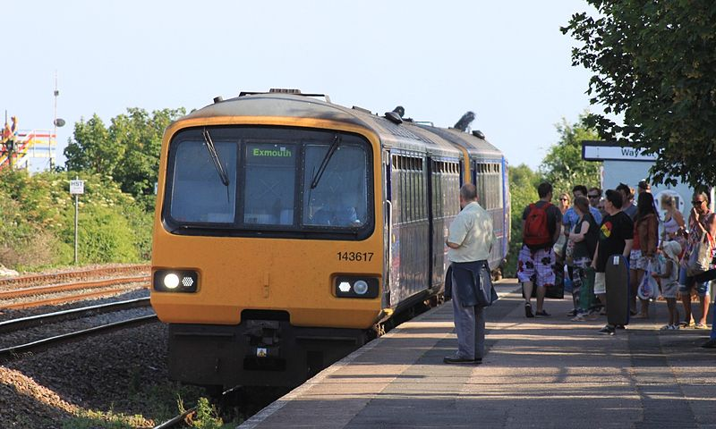 File:Dawlish Warren - FGW 143617-143620.JPG