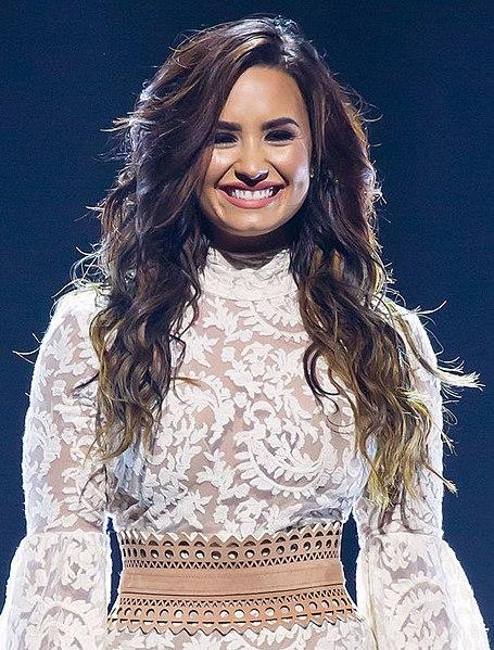 Demi Lovato Encyclopedia >> File:Demi Lovato performing in San Antonio, Texas (2016-09-10) (29063779923) (cropped).jpg ...