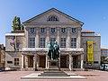 Deutsches Nationaltheater Weimar mit Banner -Das DNT steht für eine offene und freie Gesellschaft--8889.jpg