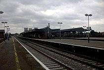 Didcot Parkwayrailway station.jpg