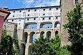 Die berühmte Mantelbrücke aus der 1. Hälfte des 18. Jahrhunderts - panoramio.jpg