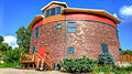 Dubuque-township-round-barn.jpg