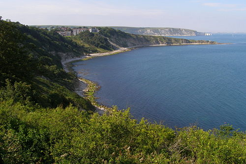 Durlston Head (limestone) to Handfast Point (chalk), with Peveril Point (limestone) dividing Durlston Bay from Swanage Bay Durlston bay from durlston castle.jpg