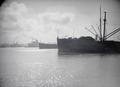 ETH-BIB-Schiffe im Hafen-Tschadseeflug 1930-31-LBS MH02-08-0280.tif