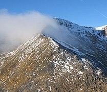 Eastern Arete of Carn Mor Dearg - geograph.org.uk - 112926.jpg