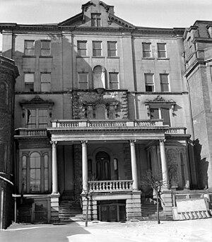 Eber Brock Ward - Ward's Detroit home on W. Fort St
