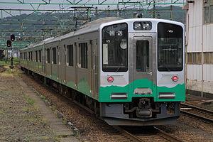 Echigo Tokimeki Railway - Image: Echigo Tokimeki Railway ET127 V9 20150510 01