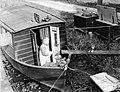 Een woonboot op het Gein, Bestanddeelnr 252-1467.jpg