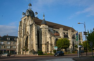Arcis-sur-Aube - The Church of Saint-Étienne in 2007.