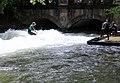 Eisbach Surfen 3.JPG