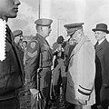 Eisenhower arriveert te Rotterdam om het commando over Canadese troepen die met , Bestanddeelnr 904-8602.jpg