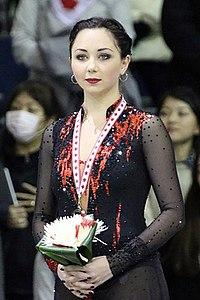Elizaveta Tuktamysheva at 2015 Skate Canada.jpg