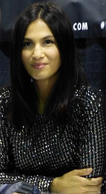 Elodie Yung at 2016 Chicago Wizard World (29248377571) (cropped).jpg