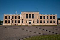Emmons County Courthouse 2009.jpg