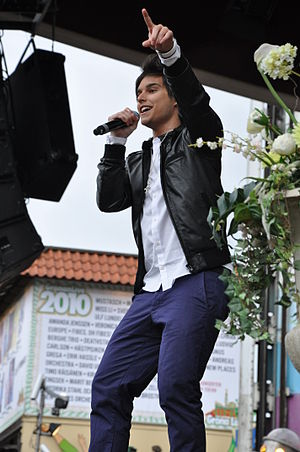 Eric Saade - Saade on his Masquerade Tour