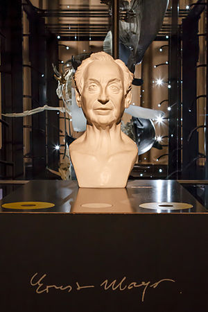 Ernst Mayr - Bust of Mayr in the Berlin's Natural History Museum