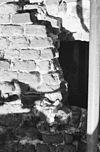exterieur detail zuidvenster en ringmuur - batenburg - 20310140 - rce