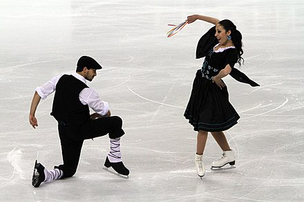 Faiella/Scali perform an Italian folk dance at the 2010 World Championships