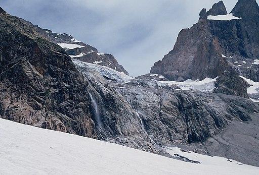 Face sud de la Meije, glacier suspendu
