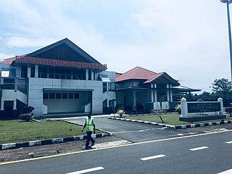 Fatmawati Soekarno Airport - Image: Fatmawati Soekarno Airport close
