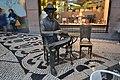 Fernando Pessoa em frente do Café A Brasileira (120FAITH 3581) (37290115010).jpg