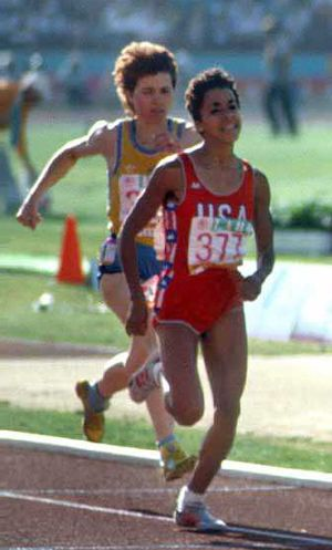 Kim Gallagher - Gallagher (right) in the 800 m final at the 1984 Olympics