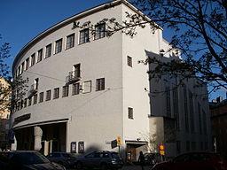 Bygningen fra siden, maj 2010