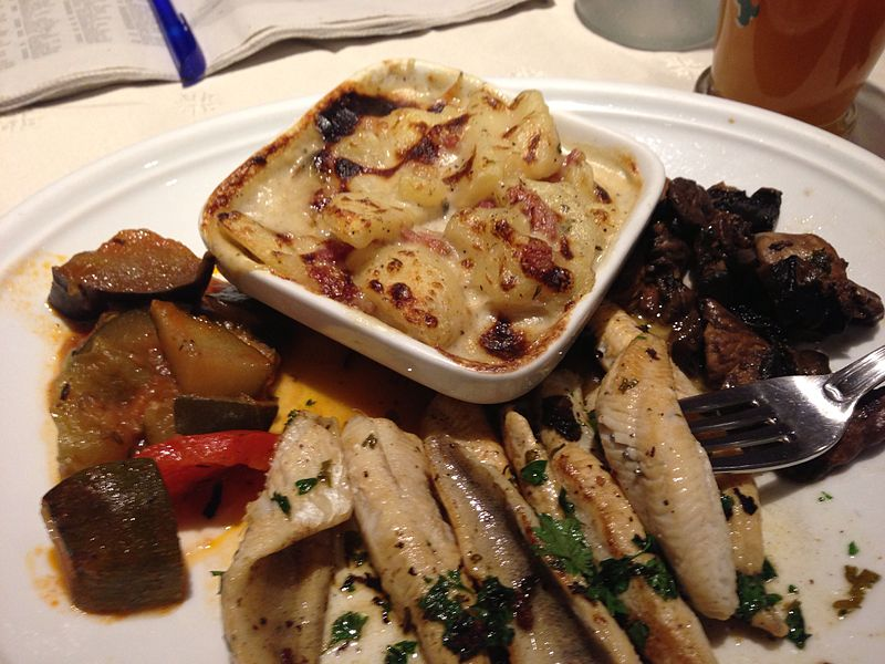 Fish and gratin dauphinois, Annecy, France - 20130713.jpg
