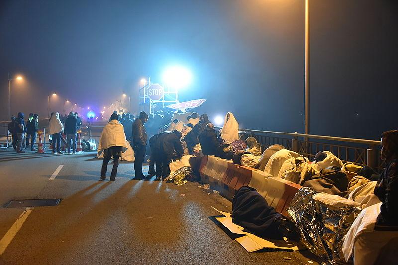 File:Flüchtlinge in Braunau am Inn 02.JPG
